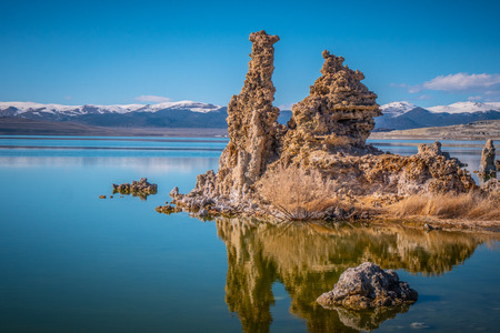 Mono Lake with its amazing Tufa towers