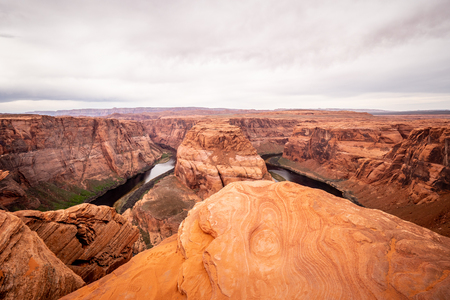 Rocky landscape at Horseshoe Bend in Arizona - travel photography 免版税图像