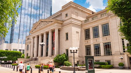 Schermerhorn Symphony Center in Nashville - NASHVILLE, USA - JUNE 15, 2019 Archivio Fotografico - 137810539