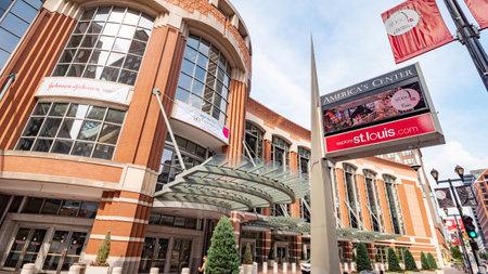 Americas Center in St. Louis - ST. LOUIS, USA - JUNE 19, 2019 Archivio Fotografico - 137810558