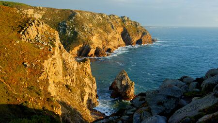 Cape Roca - the famous Cabo da Roca coast in Portugal at sunset - travel photography 版權商用圖片