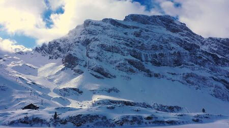 Famous skiing area in the Swiss Alps called Titlis Engelberg in Switzerland Banque d'images - 140625465