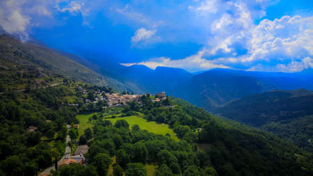 Small mountain village in the French Alps 版權商用圖片