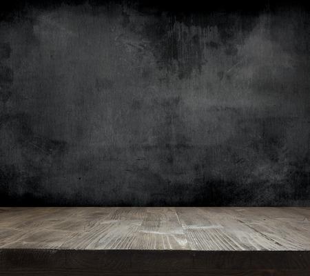 křída: Prázdné čistit tabule s dřevěným pozadím Reklamní fotografie