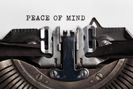 terapia psicologica: la paz de la mente concept.typewriter con hoja de papel. Espacio para el texto