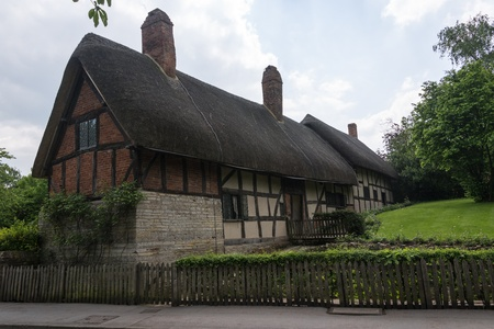 hathaway: Anne hathaways cottage, the home of william shakespeares wife, shottery stratford-upon-avon great britain england uk united kingdom europe