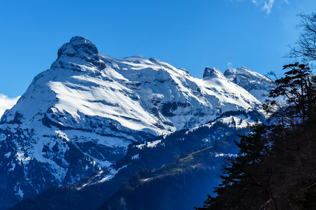 montreux: Mountains at lake Lucern and Village Brunnen. View from boot, Switzerland