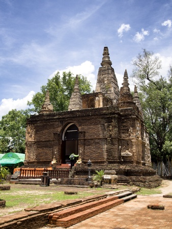 thai believe: Jed-Yod temple   Chiang Mai Thailand