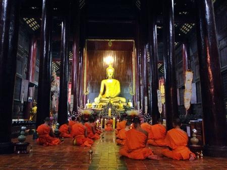chanting: Monks chanting, Chiang Mai, Thailand