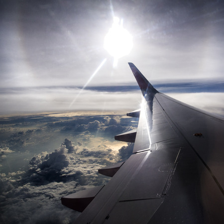 plan éloigné: Voyages avion