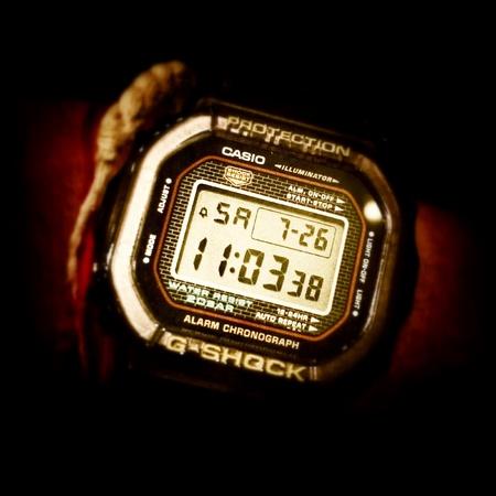 man: G Shock DW-5000-1JF