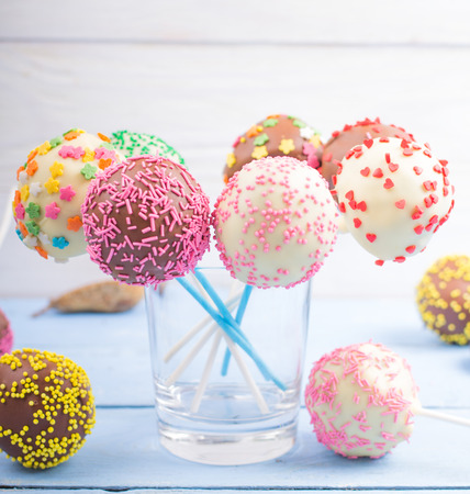 pops: Cake pops on a table