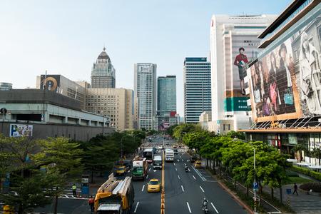 台北台湾 2003 年 9 月: 2014 年 9 月 3 日上 5 信義の道のセクションします。