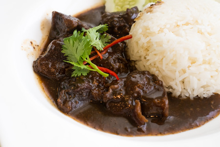 Black pepper beef with rice
