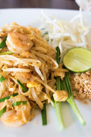 padthai: pad-thai thai traditional food