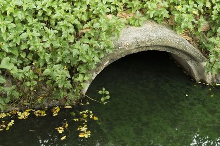 排水管 写真素材 - 49006230