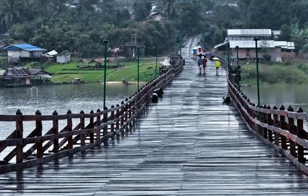 A wood bridge at sangkhaburi Stock Photo - 12823406