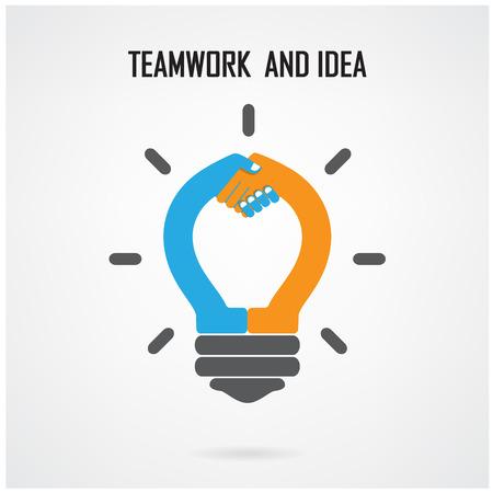 Lumière Creative ampoule Idée et poignée de main signe le concept de base de conception de la brochure de couverture affiche flyer, idée d'entreprise, fond abstrait. Banque d'images - 27631810