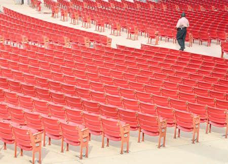 open air: No open air theatre