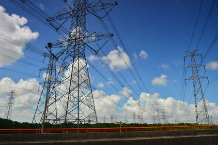 kw: Power lines and towers