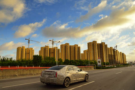 residential construction: Construction in urban residential areas Editorial