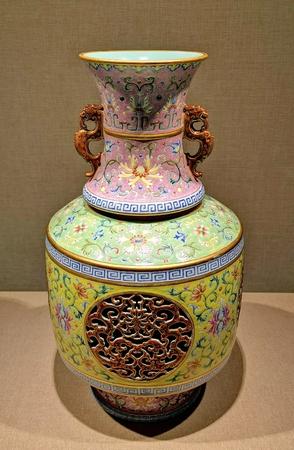 Chinese antique ceramic vase