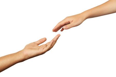 Hände des Mannes und der Frau auf weißem Hintergrund
