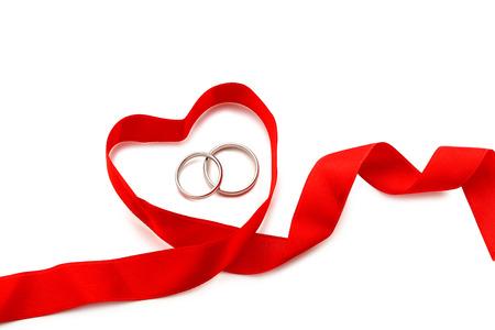 bodas de plata: los anillos de bodas de plata aislado en un blanco Foto de archivo