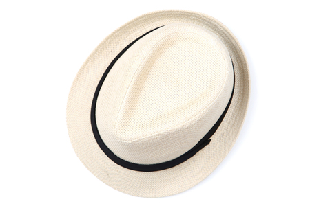 Chapeau de mode isolé sur fond blanc