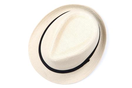 Modny kapelusz na białym tle