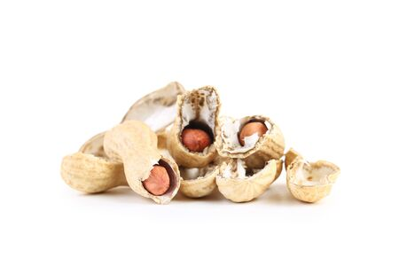 Peanuts in shell isolated on white background Reklamní fotografie - 137800390