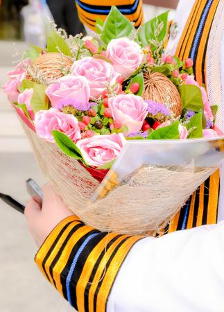 bouquet fleur: Graduation et beau bouquet de fleurs