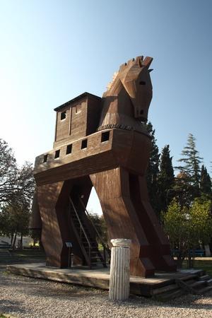 cavallo di troia: Modello del cavallo di Troia in Troy, Turchia