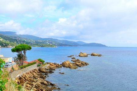 ル ・ ラヴァンドゥー、サン クレール ビーチへのパス、var コートダジュール ・ プロヴァンス、フランスの海岸線