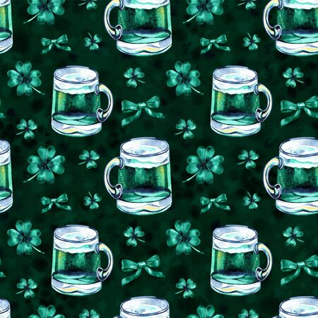 Seamless background with St. Patricks Day symbols. Watercolor hand drawn illustration with glass of beer. Holiday pattern. 스톡 콘텐츠