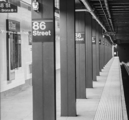 Subway in New york city Redactioneel
