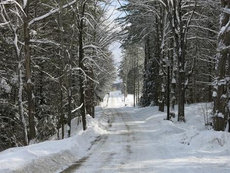 Winter road and fresh snow Zdjęcie Seryjne