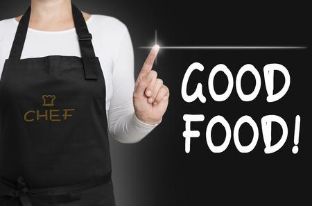 comida rica: buena comida pantalla táctil es operado por el chef.
