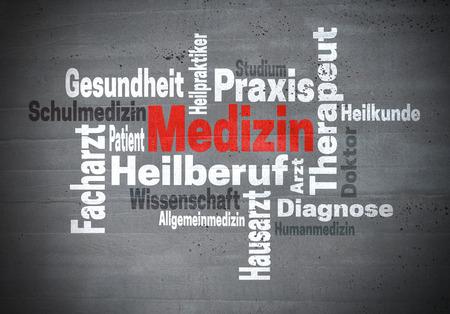 alternative practitioner: Medizin Arzt Wissenschaft (in german Medicine doctor Science) word cloud concept Stock Photo