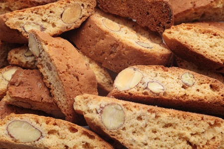 crumbly: Cantuccini alla mandorla, italian cookies
