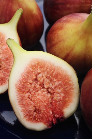 Figs on blue plate
