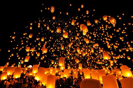 Flying Sky Lantern on Yeepeng festival, thai lanna tradition religion in Chiangmai thailan photo