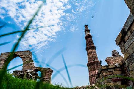 minar: Different perspective of Qutab Minar