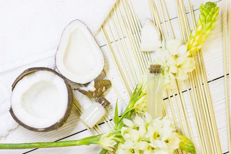 Coconut spa wellness natural skin care concept Фото со стока