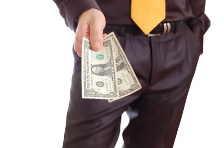 remuneraci�n: Un hombre de negocios dando un dinero Foto de archivo