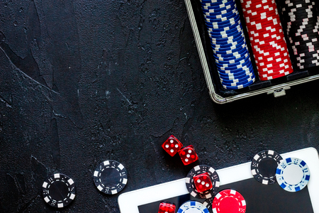 Poker set in a metallic case on a grey table top view copyspace Stok Fotoğraf - 81931262