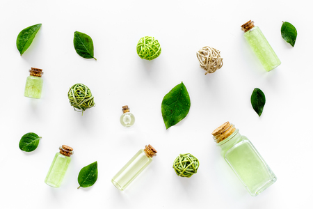 Green organic salt for bath with mint on white desk background top view Stok Fotoğraf - 88066591