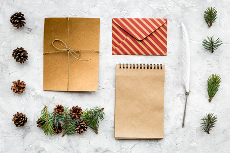 Write greetings. Envelope, paper, pen on grey background top view pattern Imagens - 90945811