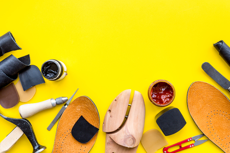 Clobber tools on yellow background top view. Standard-Bild - 98946368