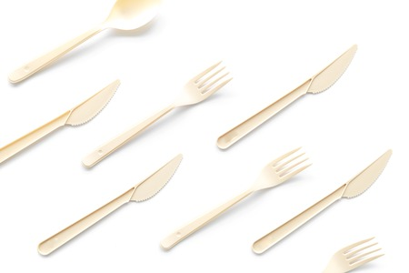 Eco and plastic utilization concept with flatware on white background top view pattern Stockfoto